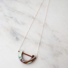 Marble U Necklace