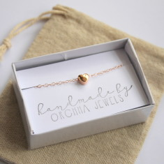 Dainty rose gold heart bracelet