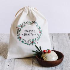 Merry Christmas wreath canvas gift bag