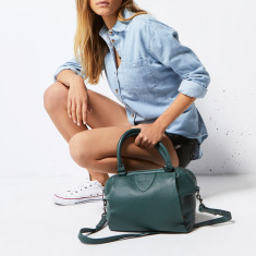 Force of Being leather bag in green