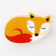 Sleepy fox wall hook