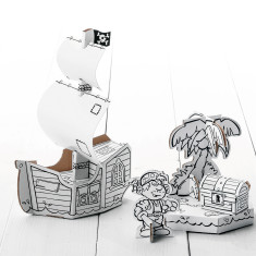 Calafant medium cardboard pirate ship