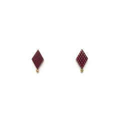 Diamond shaped stud earring