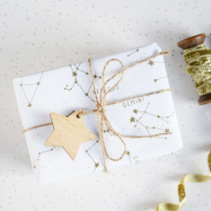 Golden star constellations gift wrap set