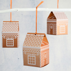 Set Of Five Gingerbread House Christmas Favour Decorations