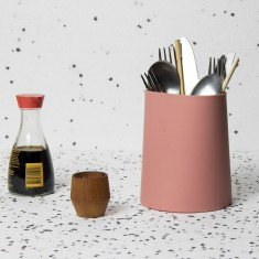 Hub Utensil Holder in Dusty Red