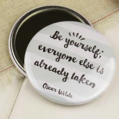 Oscar wilde compact pocket mirror