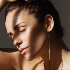 Lara drop chain earrings in gold