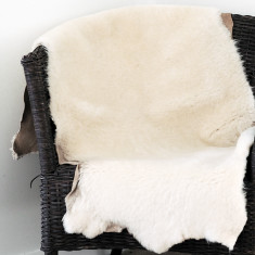Cream Sheep Skin Throw