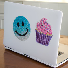 StickerBean Gradient Large Happy Face and Large Cupcake Sticker Set