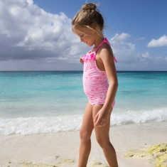 Girls' one-piece swimmers in Pineapples Bright Pink