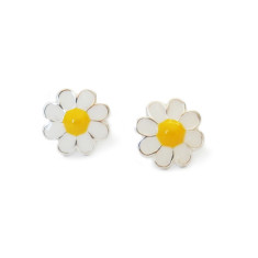 A small world Daisy stud earrings