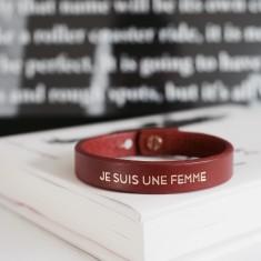 Je suis une femme leather bracelet