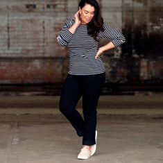 Skinny high waist stretch pull on jeans in black denim