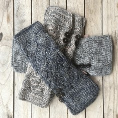 Alpaca cableknit frosted fingerless mittens