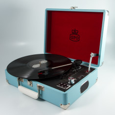 GPO Attache Turntable with direct record and free USB Stick