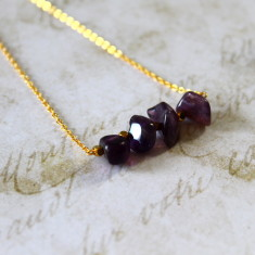 Semi-precious stone bar necklace