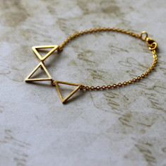 Gold plated triangle charm bracelet