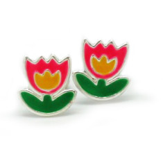 A small world stud earrings in pink lotus