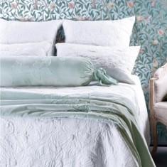 Moineau comforter & cushions