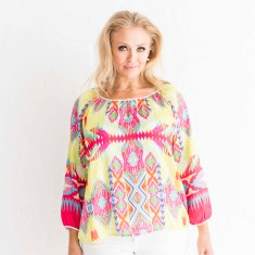 Resort Summer Blouse in fuchsia