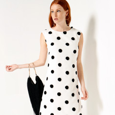 Orbach Loose Fit Sleeveless Shift Dress in Black White Spot Print
