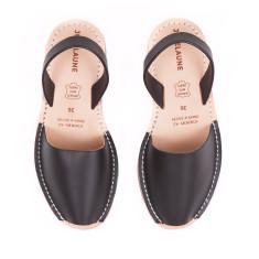 Black Avarcas Sandals