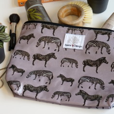 Zebra march grey large toiletry bag
