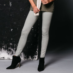Carousel Washed Skinny Jean in Grey