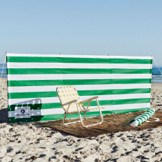 Beach windbreak in green & white stripe