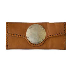 Zahra leather clutch in light brown