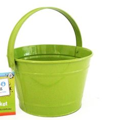 Kids' bucket in green