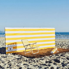 Beach windbreak in yellow & white stripe