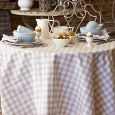 Country checks table linen