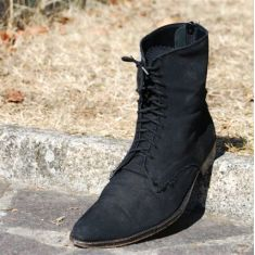 Etruscan boot