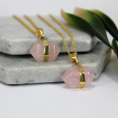 Rose quartz nugget stone necklace