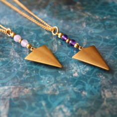 Arrowhead necklace with semi-precious stones