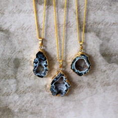 Druzy agate slice necklace