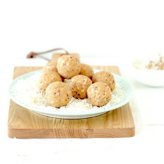 Vanilla & coconut protein ball mix