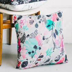 Jungle day cushion cover
