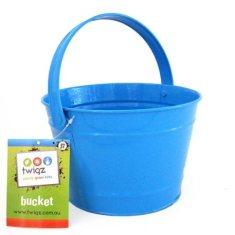 Kids' bucket in blue