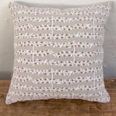 Cushion, Espalier (white/red)