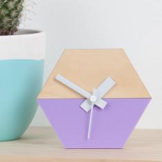Hexagon desk clock in lilac