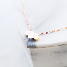 Triple tone teardrop necklace in rose gold