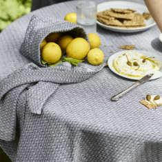 Tablecloth in Herringbone