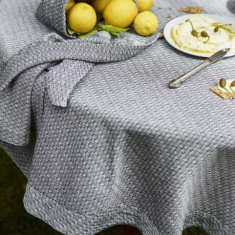 Tablecloth in Herringbone