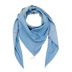 Trapeze scarf