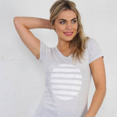 Grey and white stripe tee with white sequin spot