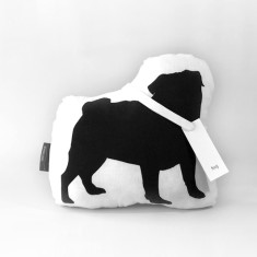 Hug pug toy in black