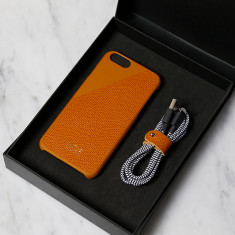 Native Union leather case & cable gift pack